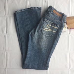 Seven7 Premium Denim Flare Jeans sz 4